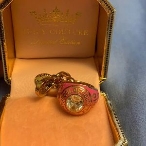 JUICY COUTURE LIMITED EDITION CLASS 2010 CHARM